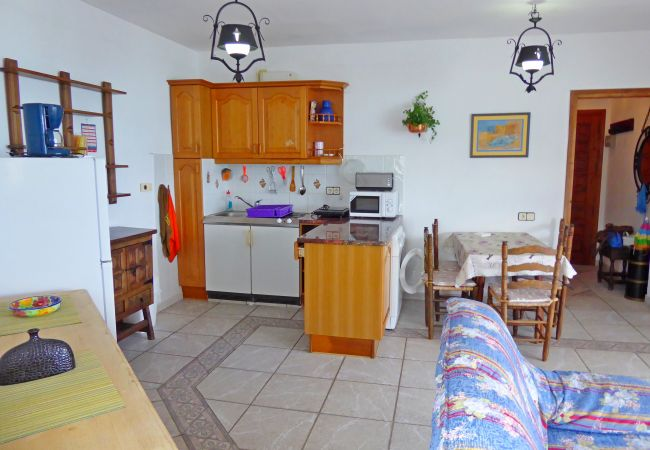 Apartamento en Alcoceber / Alcossebre - PRIMERA LÍNEA CON VISTAS AL MAR - TRES CARABELAS
