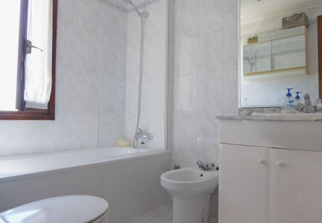 Appartement à Alcocebre / Alcossebre - BAJO EN PRIMERA LÍNEA CON VISTA AL MAR ALBAMAR